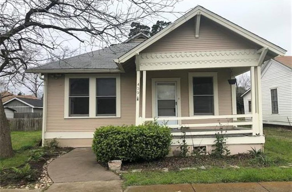 Taylor, TX, 3 Bed, 1 Bath, Under $1,250 a Month