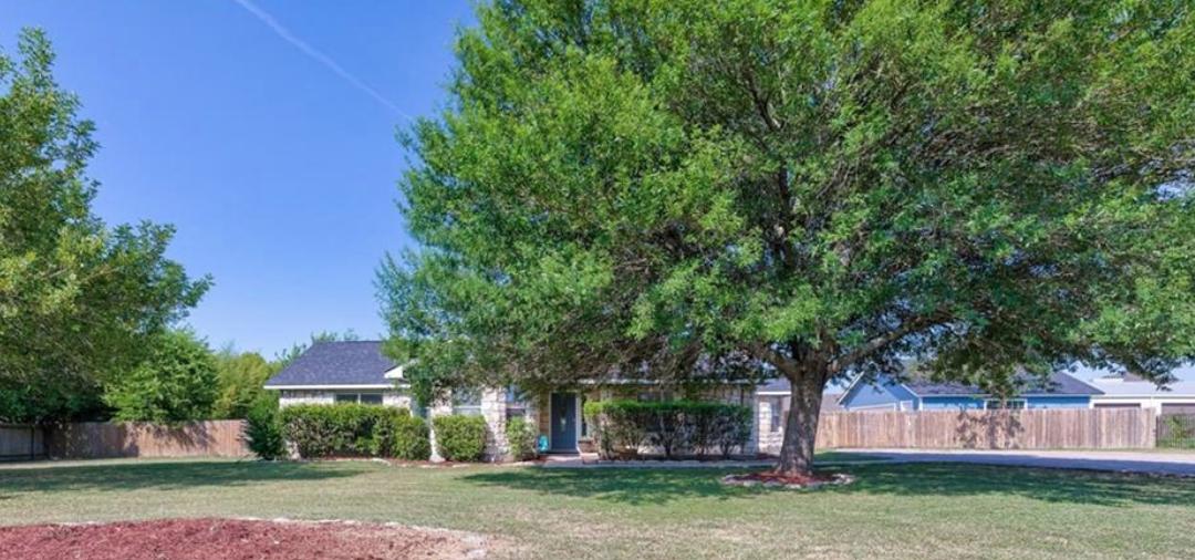Round Rock, TX, 3 Bed, 2 Bath, Under $421k